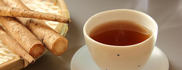 薄毛予防に効果あり? 話題の「ごぼう茶」とは